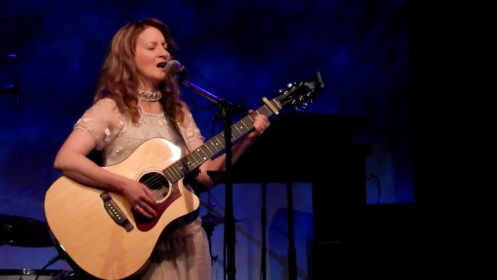 Lorna Lovell performing live